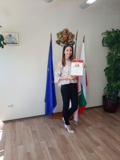 Награждаване на отличилите се в конкурсите, организирани от Община Казанлък по повод честването на 11 май и 24 май. - Изображение 3