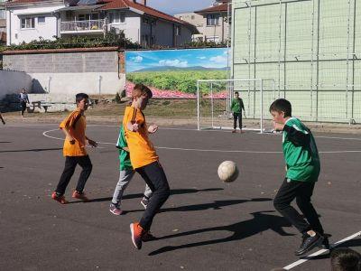 "Традиционен училищен турнир по футбол в ОУ ""Свети Паисий Хилендарски - Изображение 2"