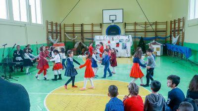 Коледно тържество 2019-2020г. - ОУ Свети Паисий Хилендарски - Казанлък